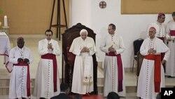 罗马天主教皇本笃十六世11月19日在贝宁