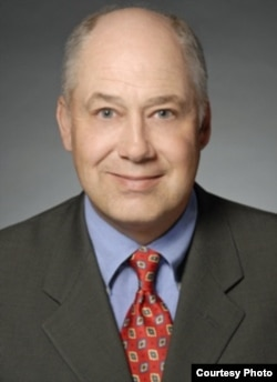 芝加哥劳工和就业律师杰拉德•马特曼