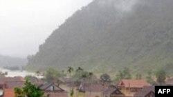 63 người chết vì lũ lụt ở miền Nam