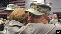Un soldat américain rentrant d'Irak