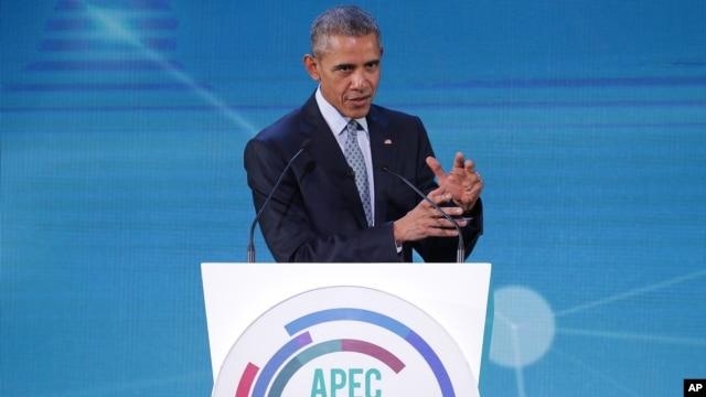 Tổng thống Mỹ Barack Obama phát biểu tại Manila, Philippines, ngày 18/11/2015.