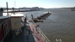 US Army Corps of Engineers Works to Avert Crisis on Mississippi River