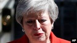 Thủ tướng Anh Theresa May tuyên bố từ chức trong nước mắt, 24/5/2019