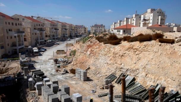 İordan çayının Qərb sahilində İsrailin inşa etdiyi yaşayış kompleksi