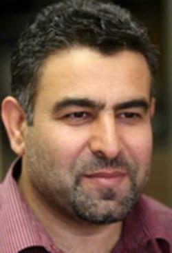 مراد ویسی می گوید چون رهبری ، دولت را نمادی از قدرت خود می داند ، اجازه استیضاح رییس جمهوری را نمی دهد