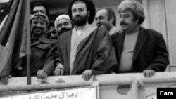 در ۲۲ بهمن ۱۳۵۷ سفارت سابق اسرائیل در تهران به تسخیر نیروهای انقلابی درآمد و به سازمان آزادیبخش فلسطین واگذار شد.