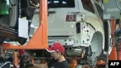 Правозахисники звинувачують підрядника компанії «Форд» у знущанні над працівниками