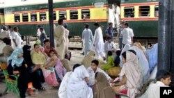 وفاقی حکومت سے امدادی پیکج کی منظوری کے بعد ریلوے کی بحالی میں مدد