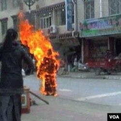 Neki Tibetanci izražavaju protest paleći sami sebe