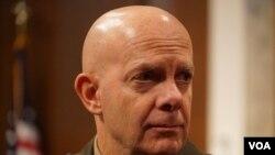美国海军陆战队司令伯格上将(General Berger)到参议院作证(美国之音黎堡2020年3月5日摄)
