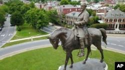 Памятник генералу Конфедерации Роберту Э. Ли