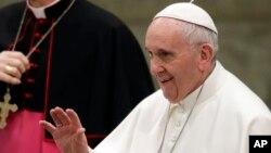 Umwungere w'Ishengero Katolika, Papa Fransisiko