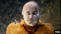 «خواب بیننده« از بیل ویولا هنرمند ویدئو