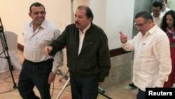 Los presidentes Porfirio Lobo, Daniel Ortega y Mauricio Funes, se comprometieron a mantener las aguas del Golfo de Fonseca como zona de paz.