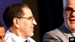 Saad Eddine El Othmani, ancien ministre marocain des Affaires étrangères, à gauche, lors d'une réunion de campagne dans un stade sportif de Rabat, Maroc, 25 septembre 2016.