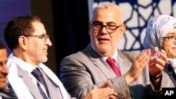PM Maroko dan pemimpin Partai Islam PJD, Abdelilah Benkirane (kanan) bersama mantan Menlu Saad Eddine El Othmani di Rabat, 25 September 2016 (Foto: dok). Saad Eddine El Othmani kini ditunjuk oleh Raja Maroko Mohammed VI untuk menggantikan Benkirane sebagai Perdana Menteri Maroko.