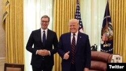 Predsednici Srbije i SAD posle sastanka u Vašingtou (izvor: Tviter profil predsednika Srbije)