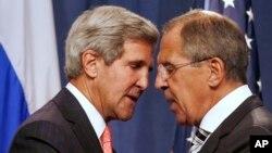 Rossiya va AQSh bosh diplomatlari Jon Kerri va Sergey Lavrov, Jeneva, 14-sentabr, 2013