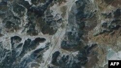 Image taken from the Ikonos satellite, January 10, 2011
