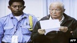 Cựu quốc trưởng Campuchia dưới thời Khmer Đỏ Khieu Samphan hứa sẽ nói lên sự thực về sự lụn bại của nước ông dưới thời lãnh tụ Pol Pot tại phiên tòa hôm 30/6/2011