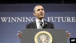 奥巴马在北密西根大学发表讲话