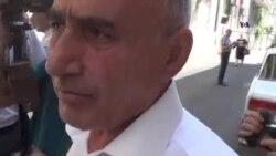 """Məhkəmə zalına """"təsadüfi"""" daxil olan şəxs"""