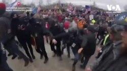 На фотографа Associated Press напали під час штурму Капітолію. Відео