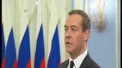 俄羅斯總理:軍事干預不是為保阿薩德