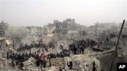 星期二敘利亞政府軍對阿勒頗轟炸後的現場