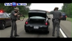 Cuộc truy lùng hai tù nhân vượt ngục tiếp tục chuyển hướng (VOA60)