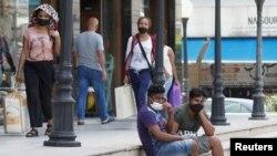 黎巴嫩多拉市疫情期间的孟加拉国年轻人(2020年5月19日)。