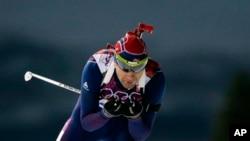 挪威老将比约恩代伦获男子冬季两项10公里速滑金牌