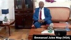 En interview, Christian Ekoka à Yaoundé, le 19 septembre 2018. (VOA/Emmanuel Jules Ntap)