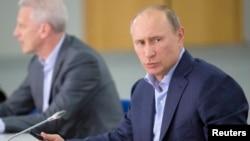 俄羅斯總統普京主持會議