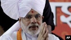Ông Narendra Modi, Thống đốc bang Gujarat, miền tây Ấn Độ