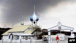 Русская Свято-Николаевская церковь на Аляске. США. 2 мая 2005 года