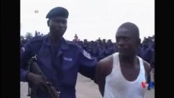 2014-11-18 美國之音視頻新聞: 剛果警察胡亂執法處決幾十人