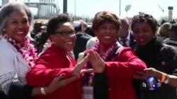 """奥巴马与民权领袖并肩纪念""""血腥星期天"""""""