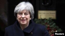 تریسا می، صدراعظم بریتانیا تعهد سپرده با مشکلات ناشی از انزوای اجتماعی در بریتانیا مبارزه کند.