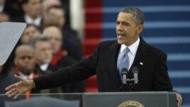 Prezidan Barack Obama ap pale nan seremoni prestasyon sèman li nan dat 21 janvye 2013 la.