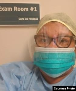 Dita Nasroel Chas, perawat sekaligus anggota satgas kesehatan asal Indonesia di Texas (dok: Dita)