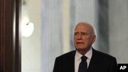 ປະທານາທິບໍດີ Karolos Papoulias ແຫ່ງກຣິສ. ວັນທີ 16 ພຶດສະພາ 2012.