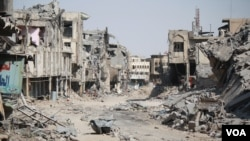 Akalla mutane 900,000 fadan Mosul ya raba da muhallansu (H.Murdock/VOA)