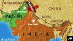 ভারতের অর্থমন্ত্রী প্রনব মুখার্জী চার ঘন্টার সফরে বাংলাদেশ যাচ্ছেন