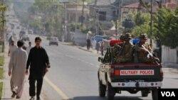 La ciudad de Abottabad donde fue abatido Osama bin Laden, es patrullada por policía militar de Pakistán.