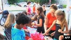 Një program arti i bashkon fëmijët në Baltimorë
