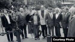 Участники «демонстрации семерых» встретилис в Праге в 90-е годы