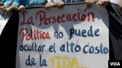 En Venezuela pese al endurecimiento de las medidas de represión, los manifestantes se expresan.