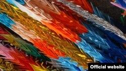 Origami စကၠဴေခါက္နည္းပညာ