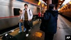 Pihak berwajib Kanada berhasil membongkar plot yang merencanakan serangan terhadap kereta penumpang (foto: ilustrasi).